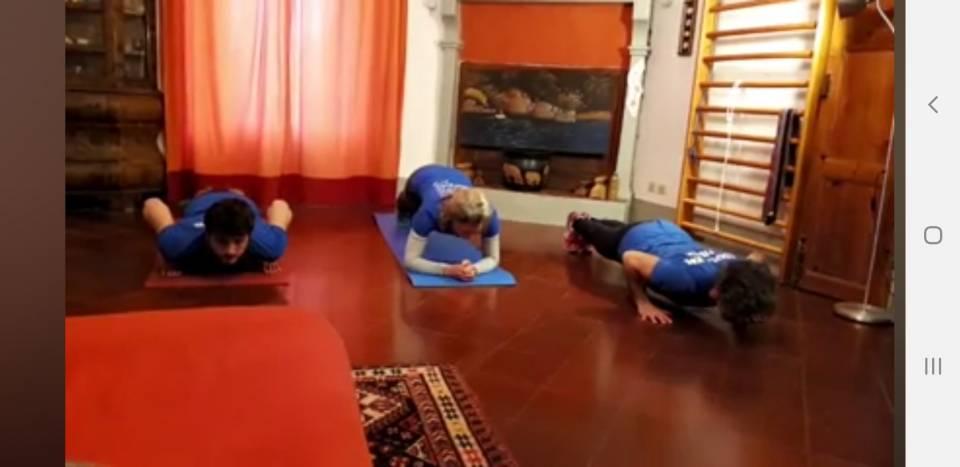 Diciottesima lezione di ginnastica colore azzurro 3 ! Ginnastica pre/sportima e mantenimento adulti