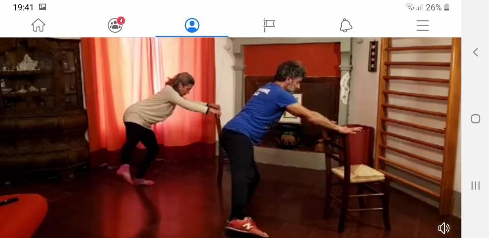 Trentaduesima lezione di ginnastica colore azzurro (s)
