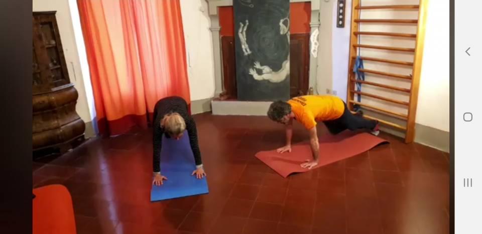 36° lezione di ginnastica di mantenimento adulti colore arancio !